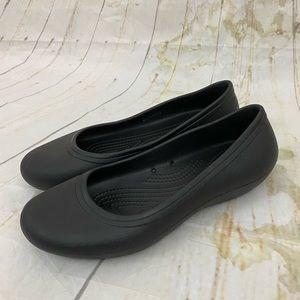 Crocs women's 9 black flat slip on comfort shoes
